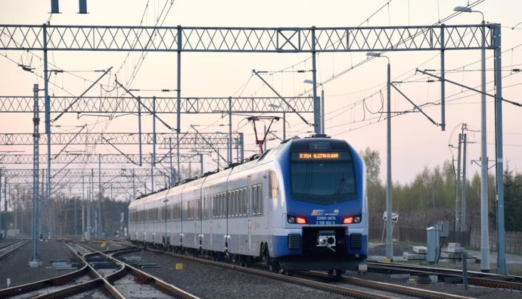 PKP Intercity planuje w czerwcu pociąg przez Warkę do Radomia. Nie wiadomo, czy pojedzie