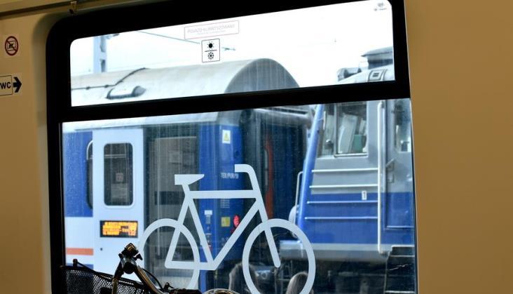 """Z rowerem na Hel tylko w niektórych pociągach. """"Są wypożyczalnie"""""""