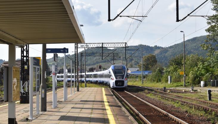 192 miliony złotych straty PKP Intercity za 2020 rok. Spółka komentuje przyczyny