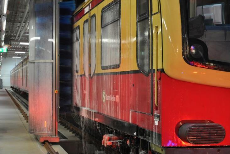 S-Bahn otwiera nową myjnię w Berlinie. Zbudował ją polski Agat (zdjęcia)
