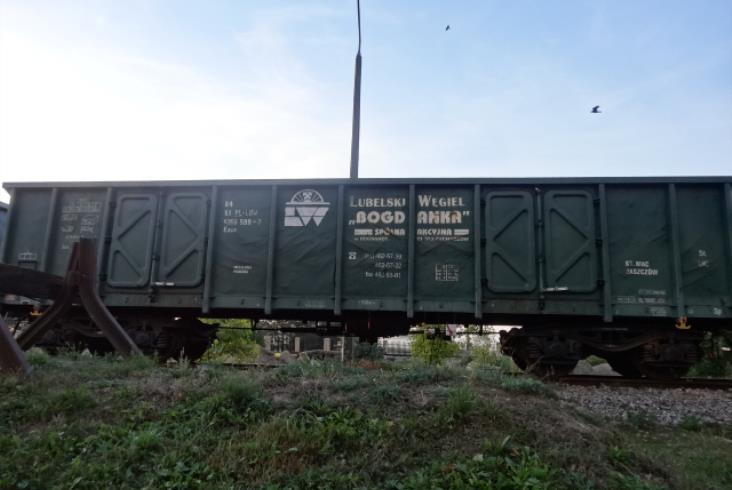 """Lubelski Węgiel """"Bogdanka"""" S.A. ma na sprzedaż wagony węglarki typu Eaos"""