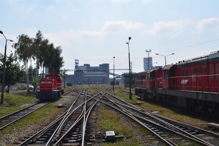 DB Cargo wprowadziła spolonizowaną lokomotywę DE6400 na tory