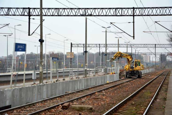 Półmetek w przebudowie dworca Olsztyn Zachodni [zdjęcia]