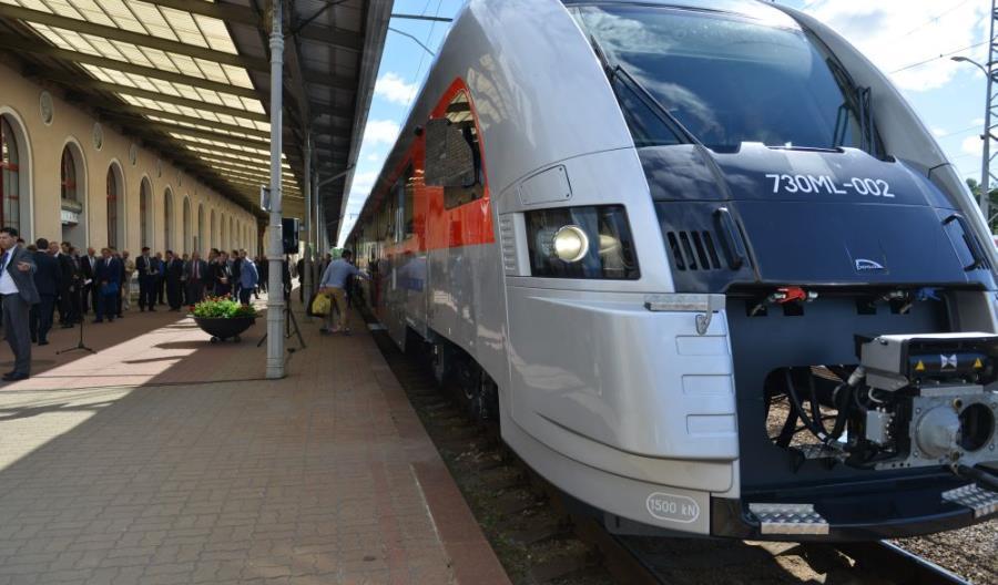 Pociągi Pesy już na trasie Wilno – Kłajpeda