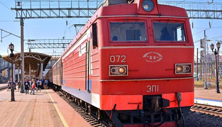 Koleje Rosyjskie zapowiadają zakup 5 tys. nowych lokomotyw