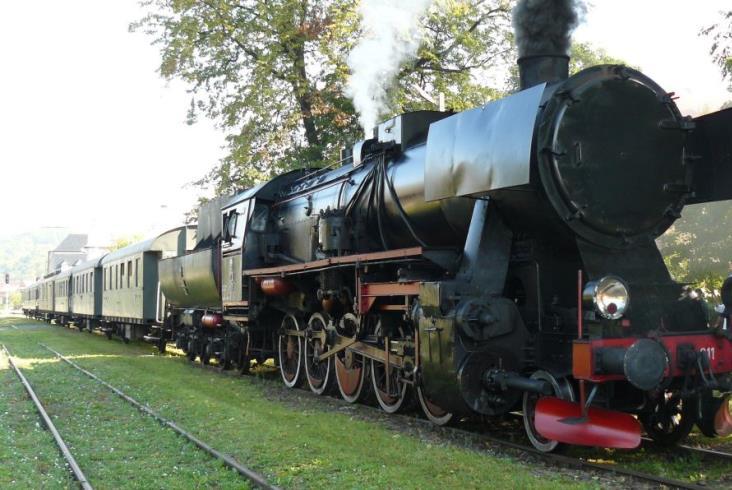Pierwszy w tym roku pociąg retro w Małopolsce wyjeżdża na tory