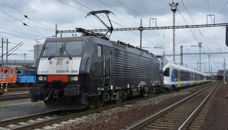 PKP Cargo przewiezie Flirty z Polski na Węgry