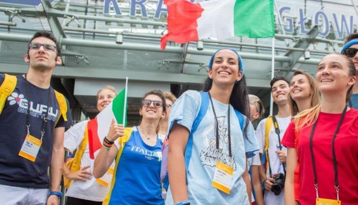 PKP objaśnia jak sprawnie wyjechać z Krakowa ze Światowych Dni Młodzieży