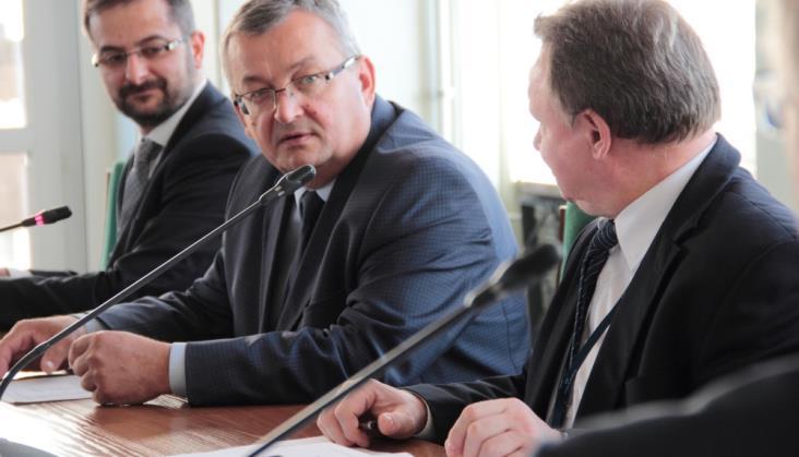 Minister Adamczyk spotkał się z branżą na Forum Inwestycyjnym
