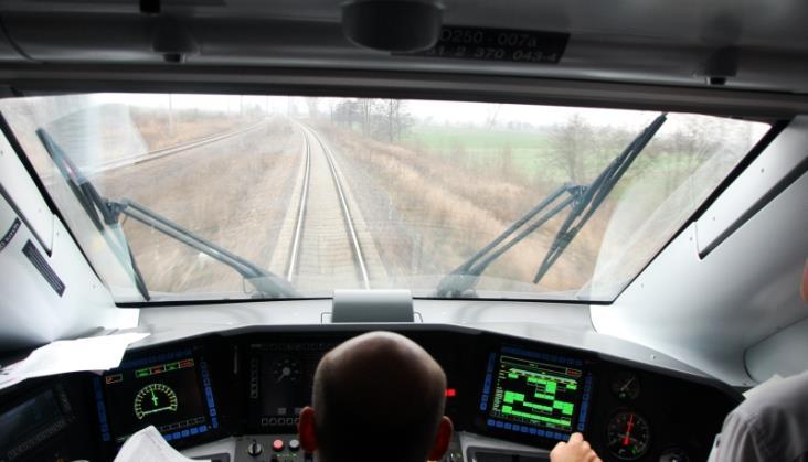 Poranne pociągi EIP już bez postoju w Lublińcu