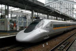 Japonia: Pandemia i wyludnienie zagrażają przyszłości kolei dużych prędkości