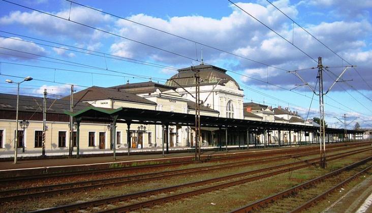 Stacja Tarnów otrzyma nowe wiaty na peronach