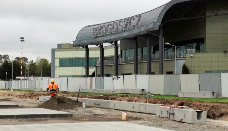 Bydgoszcz: Wasiak przeciwna budowie linii kolejowej na lotnisko
