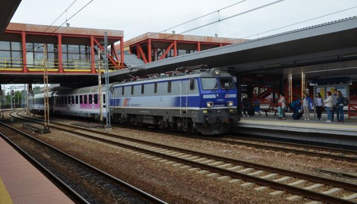Przeszło setka przebudowanych peronów na stacjach i przystankach
