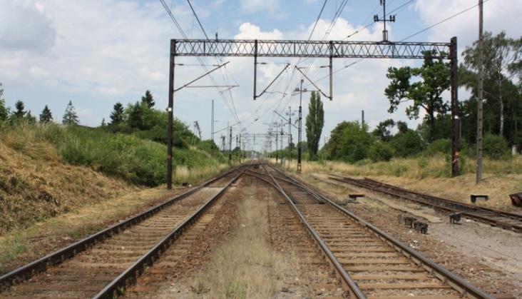 Kilka godzin utrudnień po wykolejeniu na trasie Kraków - Katowice