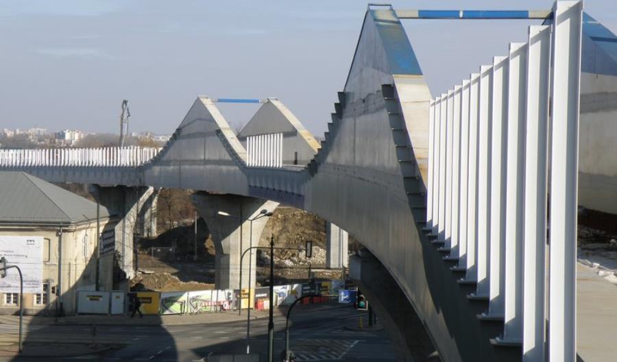 Pasażerowie już widzą nowe przystanki krakowskiej łącznicy kolejowej [zdjęcia]