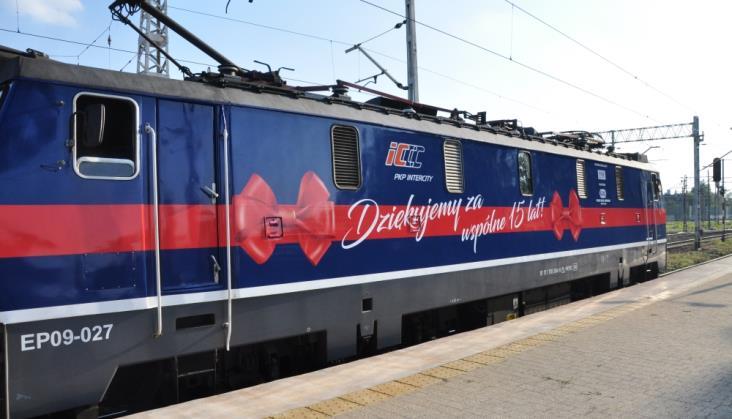 Gdzie będą jeździć lokomotywy udekorowane na 15-lecie PKP Intercity?