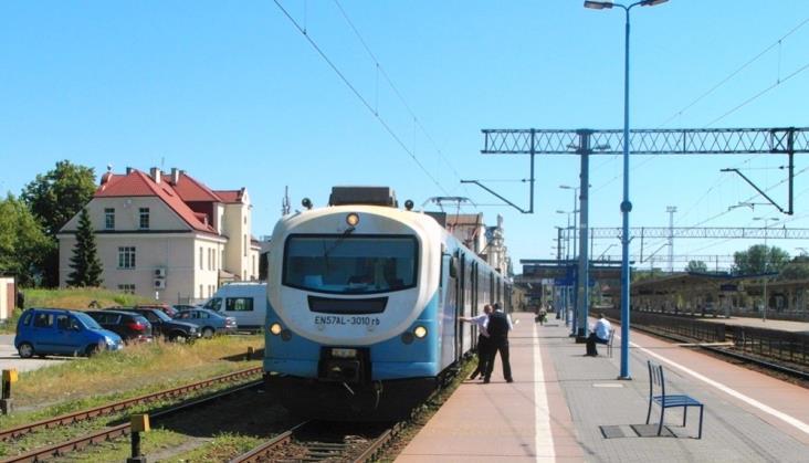 Lubelskie chce kupić nowe pociągi. Najpierw zbada ile i jakie