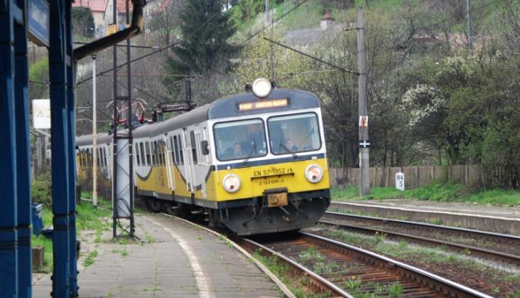 Ente dostarczy Przewozom Regionalnym systemy informacji pasażerskiej