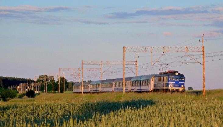 Newag i Pesa powalczą o modernizację wagonów za pół miliarda zł