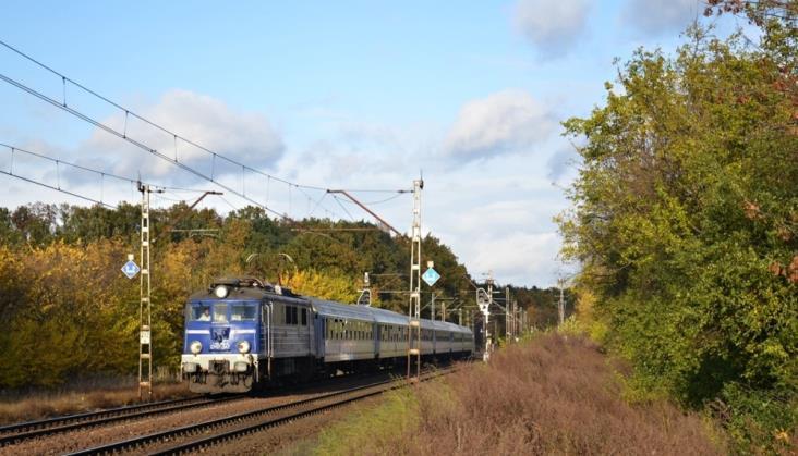 Rekordowe zimowe opóźnienia pociągów. Winna infrastruktura?