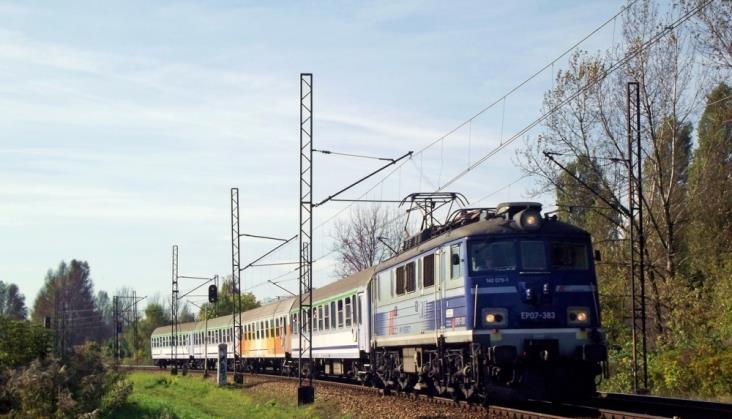 Opóźnienia w PKP Intercity bez zmian