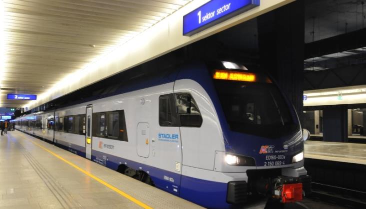 PKP Intercity wagonów piętrowych kupować nie będzie. Czy będą kolejne ezt?