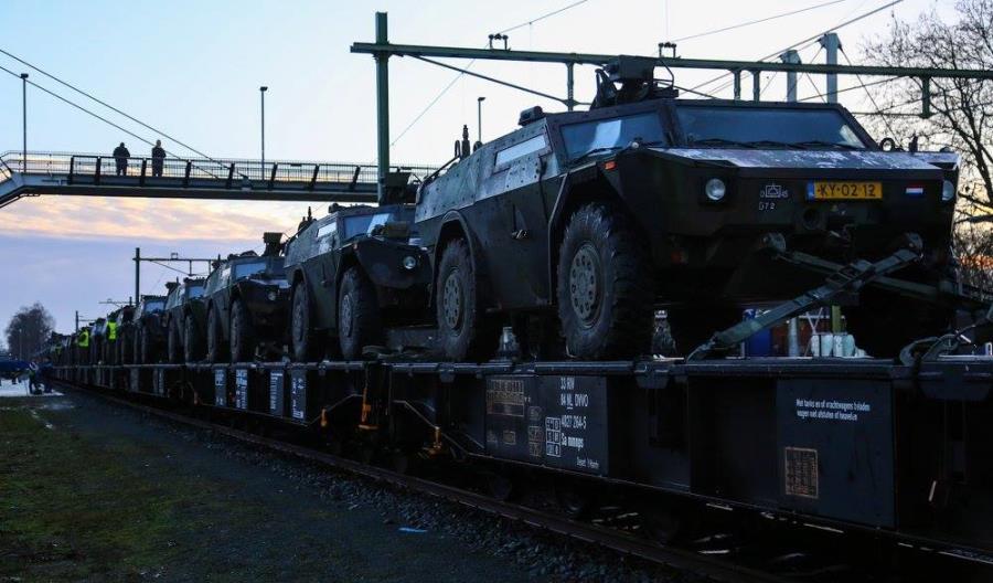 Holenderskie wojsko jedzie koleją na Pomorze [zdjęcia]