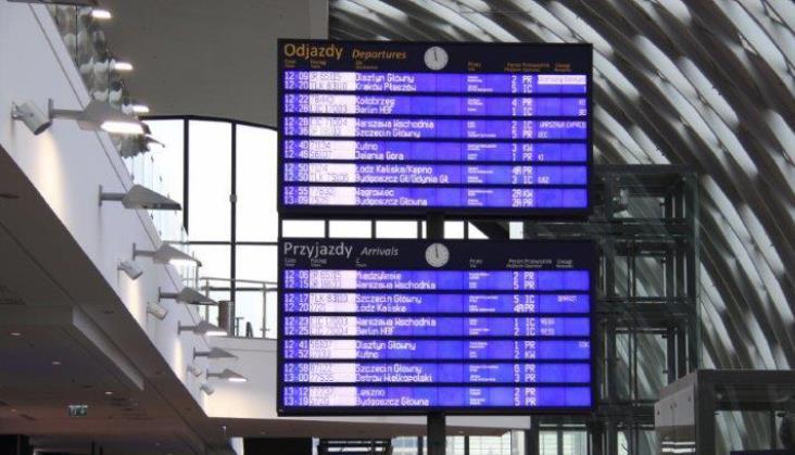 Zerwana sieć trakcyjna powodem niedzielnych opóźnień