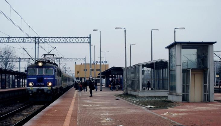 Spokojny listopad na kolei
