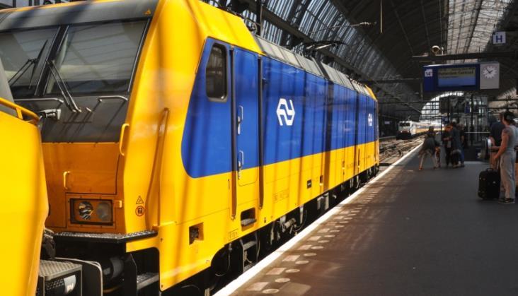 Europejski bilet kolejowy na 18-tkę? PE dyskutuje nad nietypowym prezentem