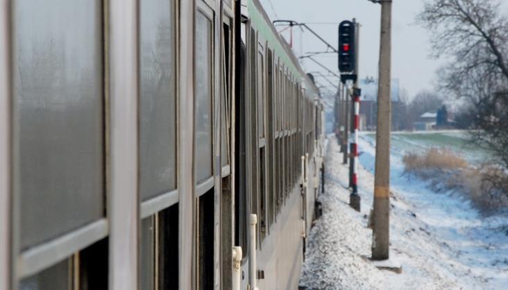 Pasażerowie alarmują o notorycznych opóźnieniach TLK Gałczyński i IC Wit Stwosz