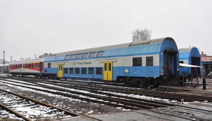 Ile sprawnych wagonów piętrowych zostało w Przewozach Regionalnych?