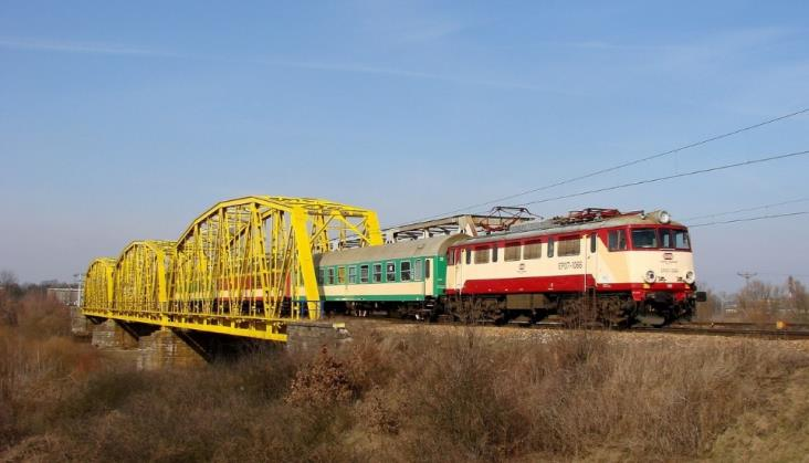 Zatwierdzono dofinansowanie UE do modernizacji linii Warszawa - Lublin