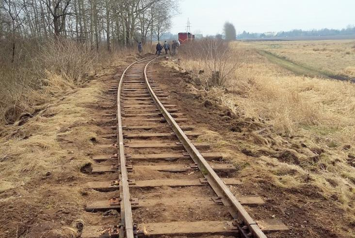 Wolontariusze remontowali Koszalińską Kolej Wąskotorową