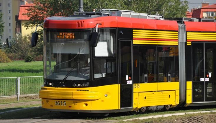 Warszawa: Co z biletomatami w nowych tramwajach?