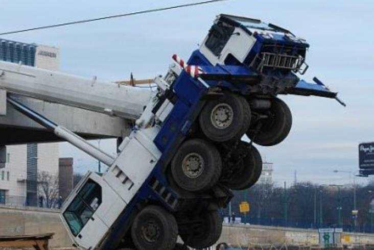 Poznań: Prace na budowie dworca wznowione po wypadku
