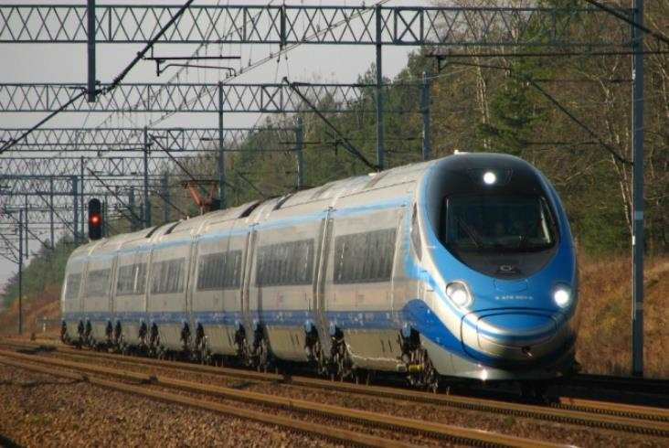ED74 wkońcu wbarwach PKP Intercity