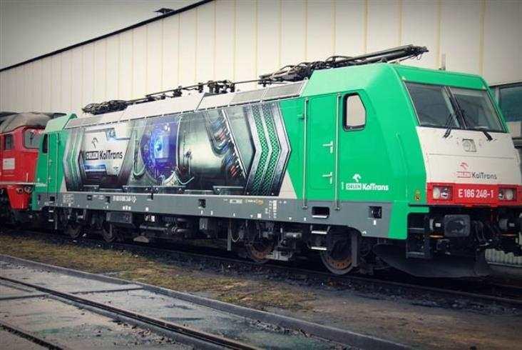 3 Traxxy MS w barwach Orlen KolTrans