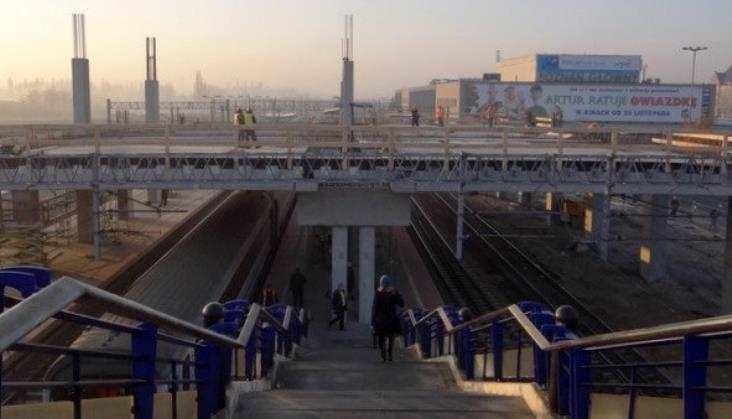 Poznań: Dźwig runął na nowy dworzec