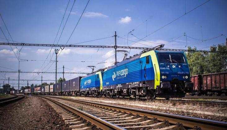 Brak formalnych przeszkód dla przejęcia AWT przez PKP Cargo