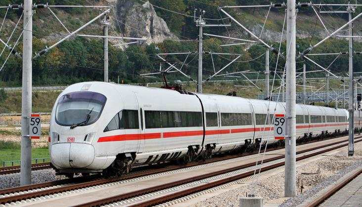 Niemcy po słabym roku poprawiają punktualność kolei