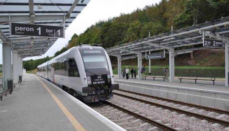 100 tys. pasażerów PKM we wrześniu