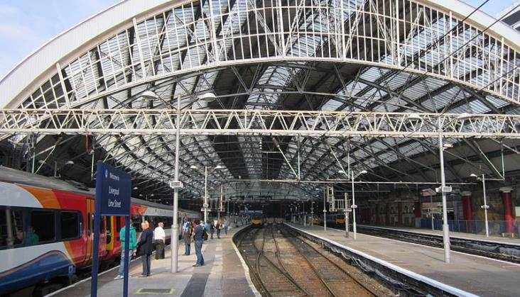 Liverpool planuje kolejową strategię na 30 lat do przodu