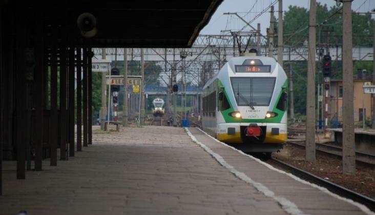 Łuków walczy o bezpośrednie pociągi do stolicy