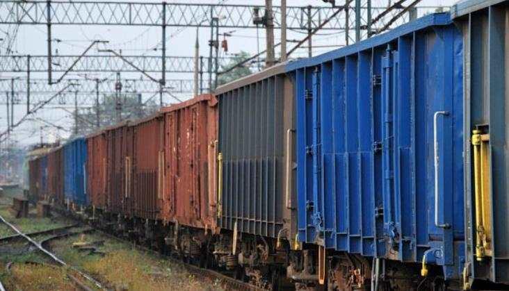 Konieczna restrukturyzacja przewoźników kolejowych