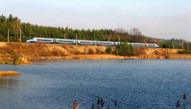 PLK: Zamiesiąc podróż zWarszawy doGdańska iWrocławia będzie rekordowo krótka