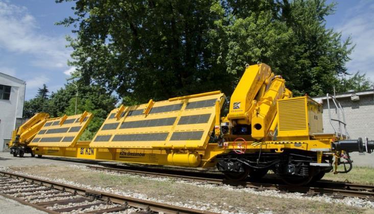 Transport rozjazdów wblokach - nowy standard polskich kolei