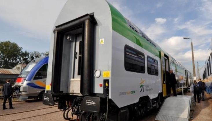 Pierwsze piętrowe wagony Sundeck odebrane przez Koleje Mazowieckie