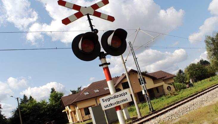 ŁKA: Ograniczenia naprzejazdach spowalniają pociągi
